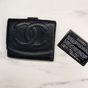 Vintage Chanel Wallet W. Authenticity Card